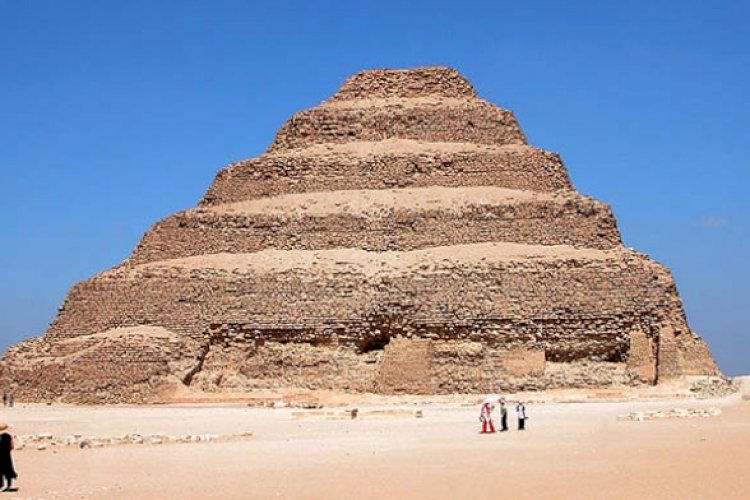 1. Pyramid of Djoser, Egypt (2667–2648 BC)