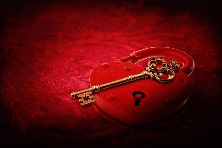 Best Valentine Gifts For A Real Estate Agent